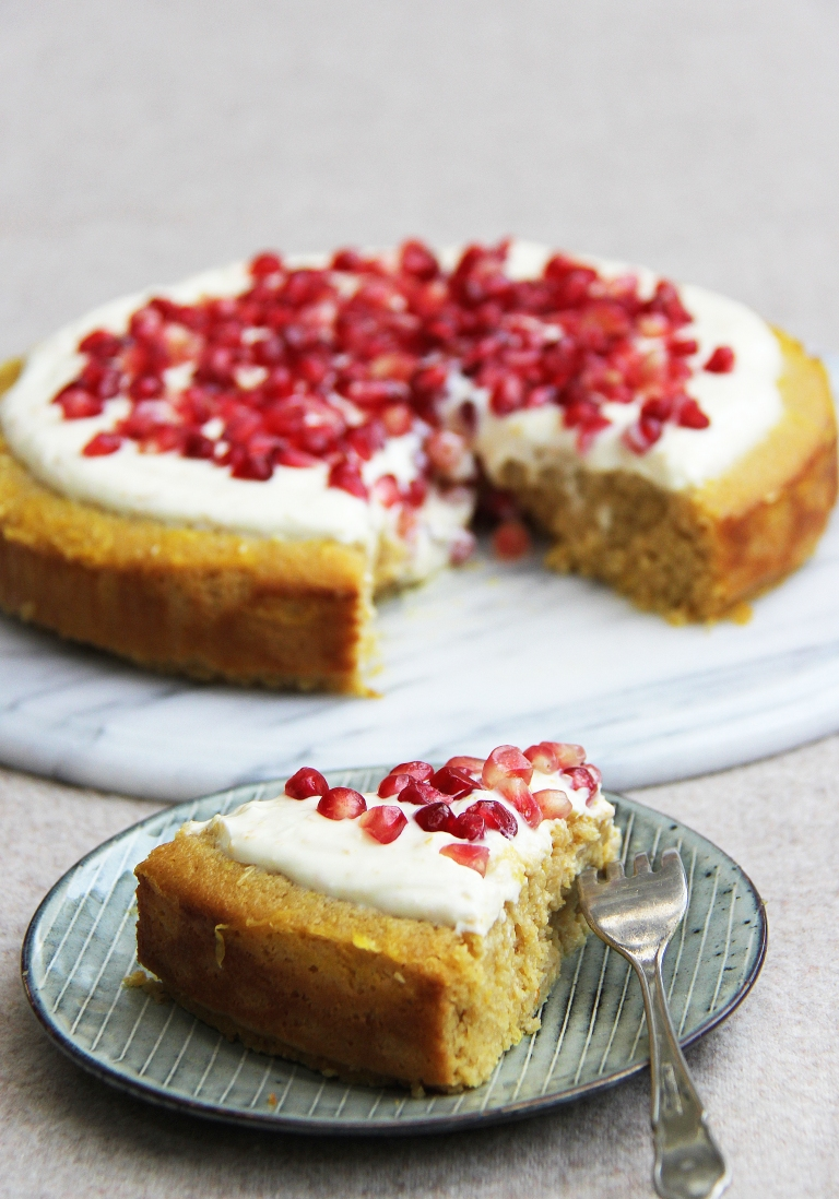 orange-yoghurt-polenta-almond-and-honey-gluten-and-refined-sugar-free-cake-with-yoghurt-icing-6