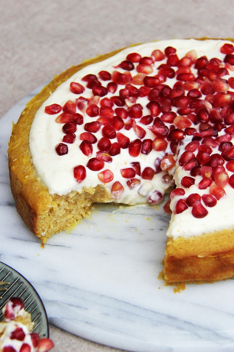orange-yoghurt-polenta-almond-and-honey-gluten-and-refined-sugar-free-cake-with-yoghurt-icing-9