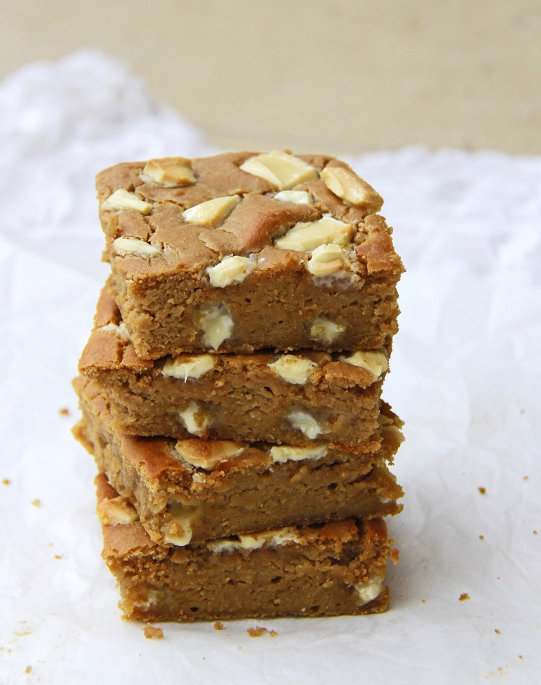 White chocolate, cashew butter, tahini and white bean blondies gluten free 3