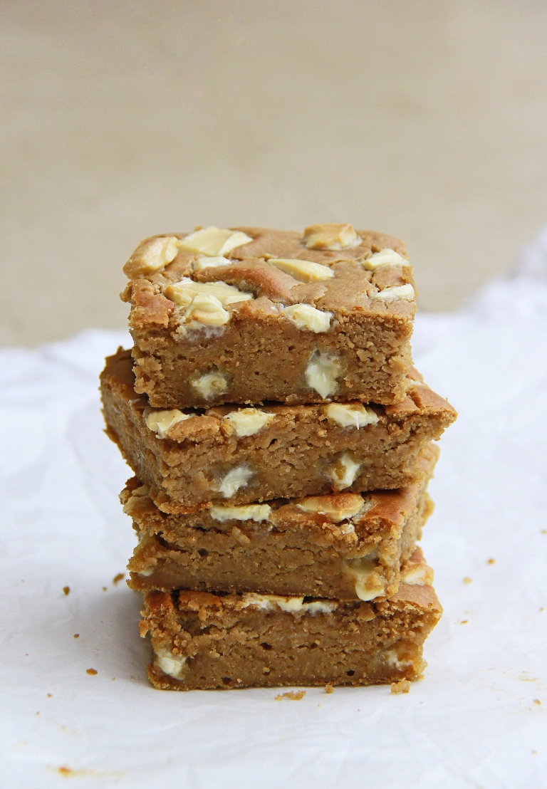 White chocolate, cashew butter, tahini and white bean blondies gluten free 4