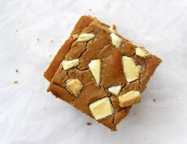 White chocolate, cashew butter, tahini and white bean blondies gluten free 5