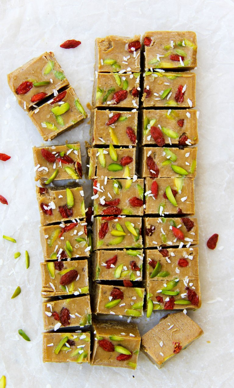 tahini-and-date-freezer-fudge-vegan-6