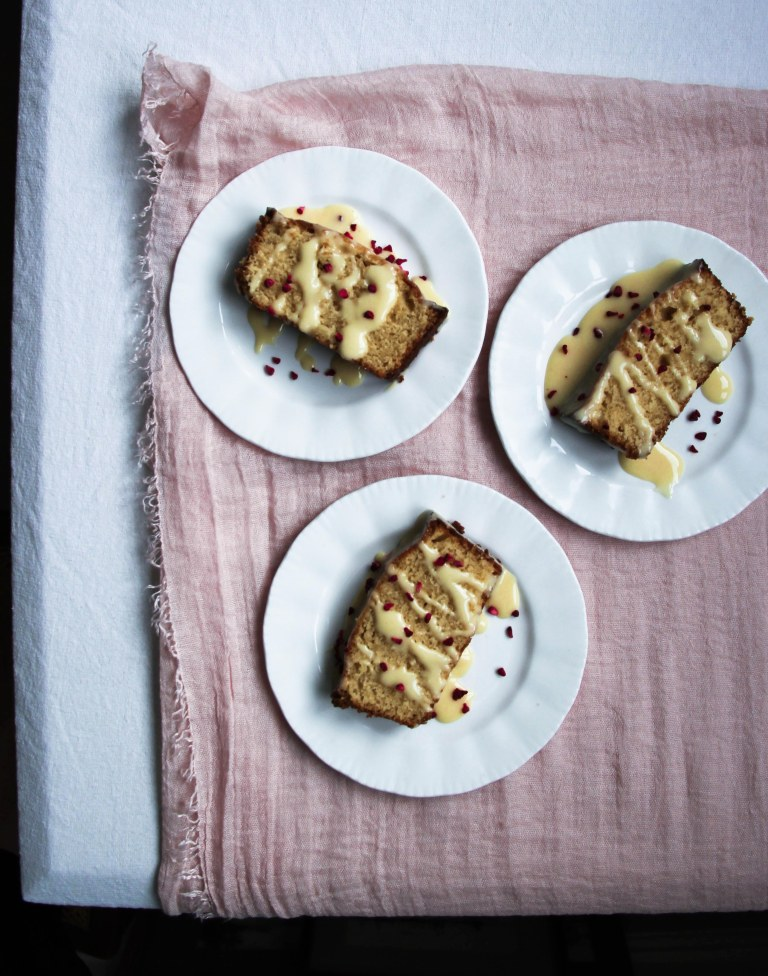 Passion fruit curd cake-8